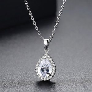 Beautiful Diamond Shape Pendant With Chain White