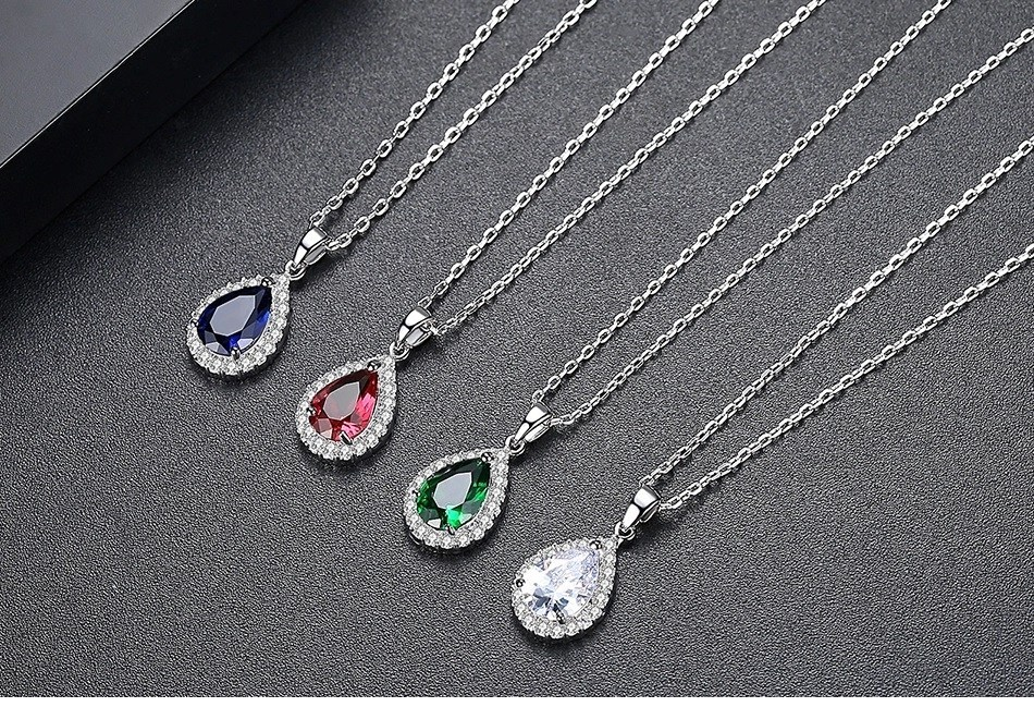 Beautiful Diamond Shape Pendant With Chain1