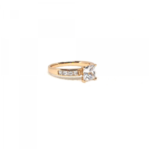 Beautiful Goldplated Square Crystals Ring 3