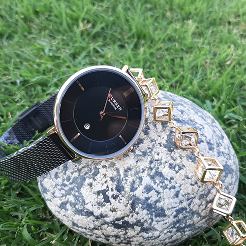 Creative Women Black Watch with Goldplated Cubic Bracelet