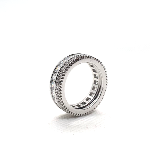 Silver Plated Round Ring with Crystal Stones 3