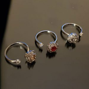 Silver plated Roundable Crystal Stone Ring 2