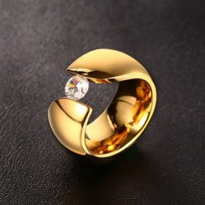 luxury-solitaire-ring-for-women-gold-color-stainless-steel- Ring 2