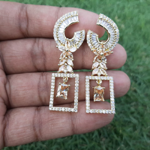 Goldplated Crystal Champagne Stones Square Style Earrings 3