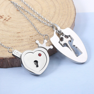 MIDY-Lovers-Jewelry-Crown-Love-Heart-Necklaces-Set-Key-Pendant-Stainless-Steel-Choker-Necklace-Couples-Valentine