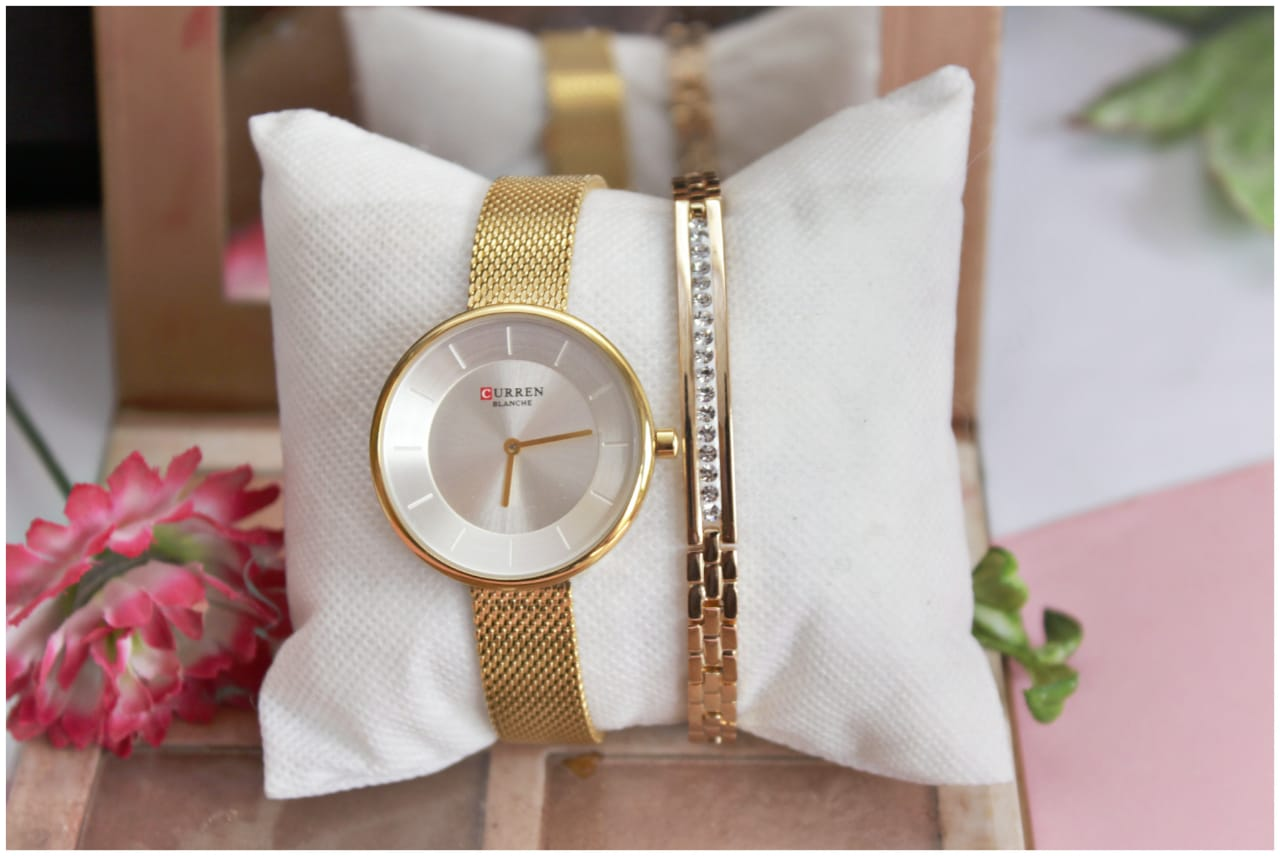 Curren Watch With Goldplated Bracelet Deal