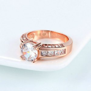 Beautiful Rose Gold Crystal Stone Ring 2