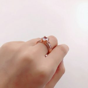 Beautiful Rose Gold Crystal Stone Ring 5