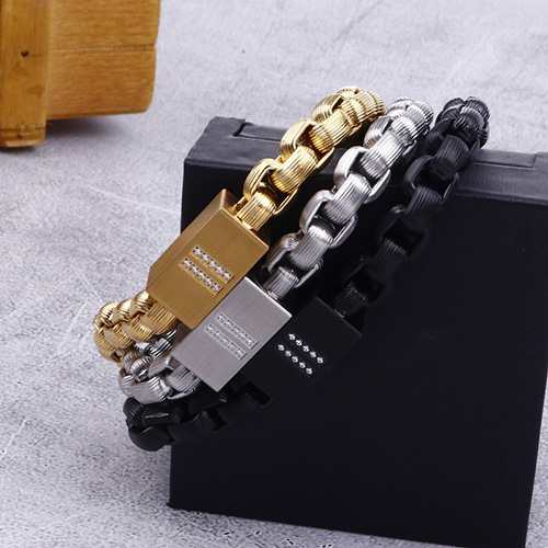 Goldplated Magnetic Stainless Steel Bracelet 2