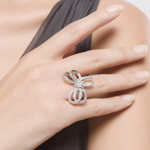 Stunning Knot Style Silver Plated Ring For Women