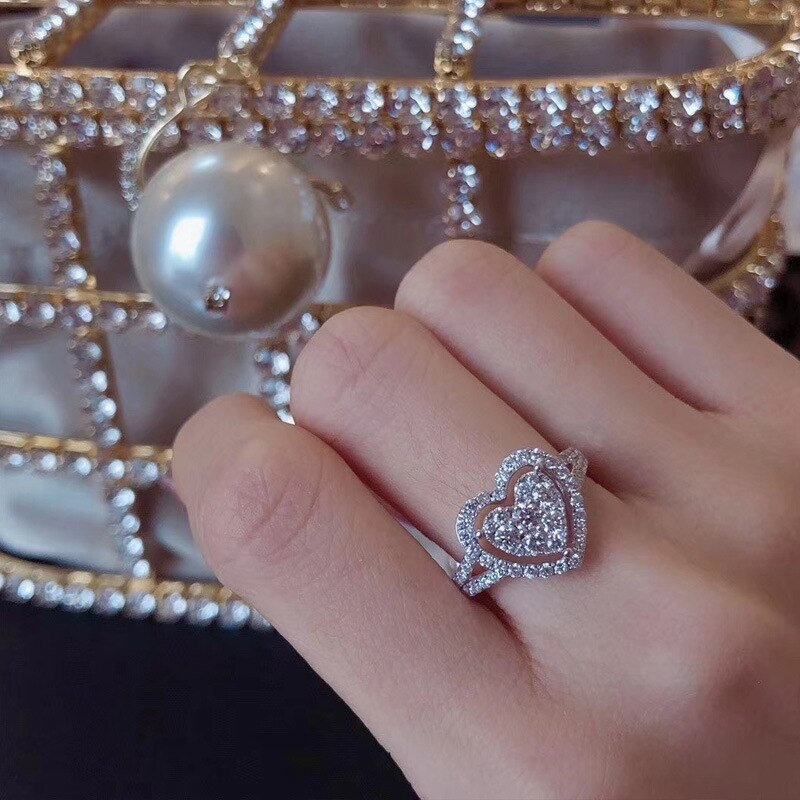 Beautiful Crystal Heart Ring For Women 2